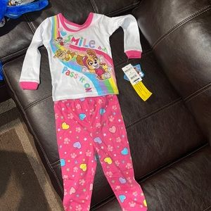 NEW WITH TAGS PAW PATROL PJS SIZE 2T